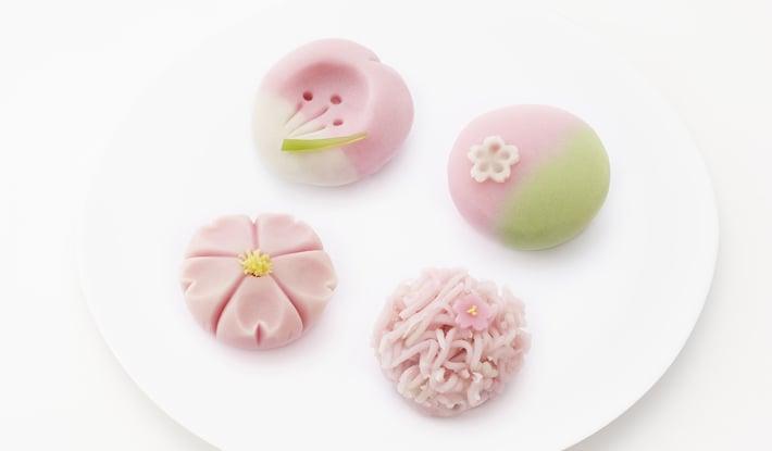 桜の上生菓子(4種類)3月15日(木)から4月14日(土)まで店頭に並びます